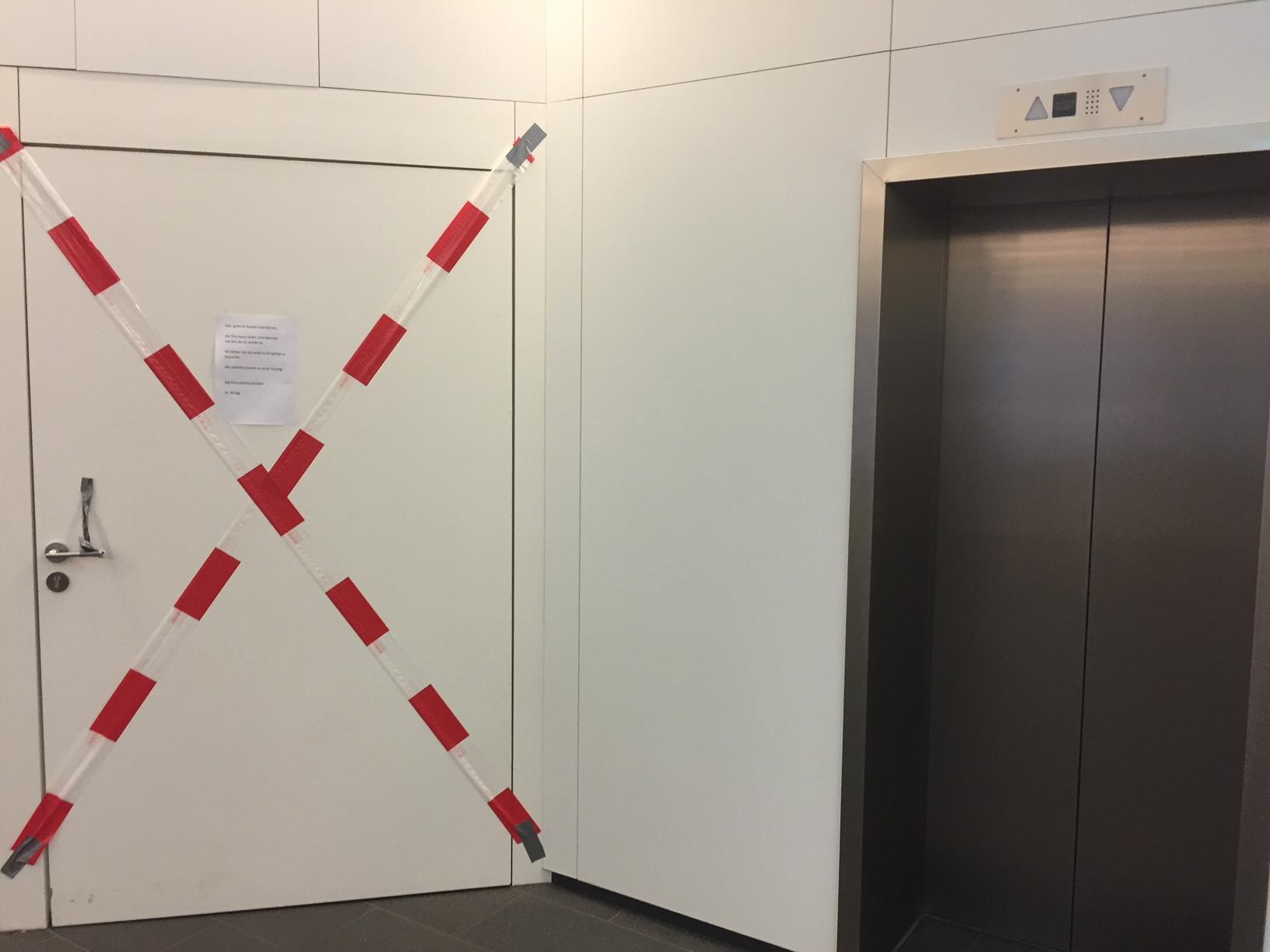 So viel zum Thema Plan B, wenn das Treppenhaus die Bewegung blockt. ©Nina-Carissima Schönrock
