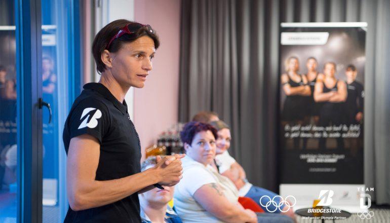 Larissa Kleinmann ist unser Laufcoach. ©Bridgestone